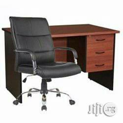 Office Table And Chair In Ikeja
