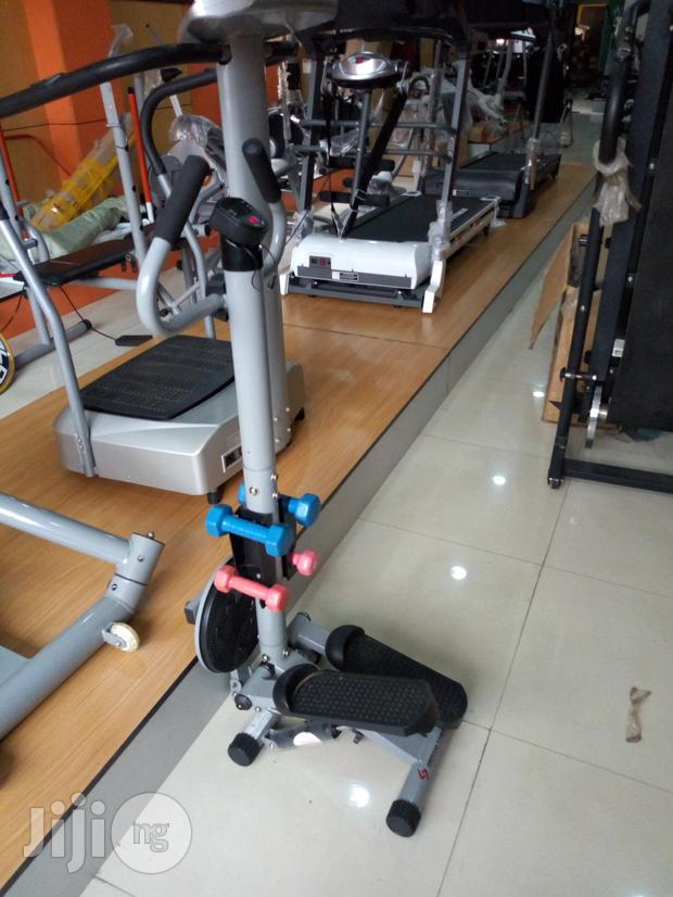 Stepper With Dumbell