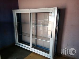 Neatly Used Show Glass