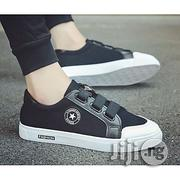 Men's Velcro Breathable Skate Sneakers - Black And White | Shoes for sale in Lagos State
