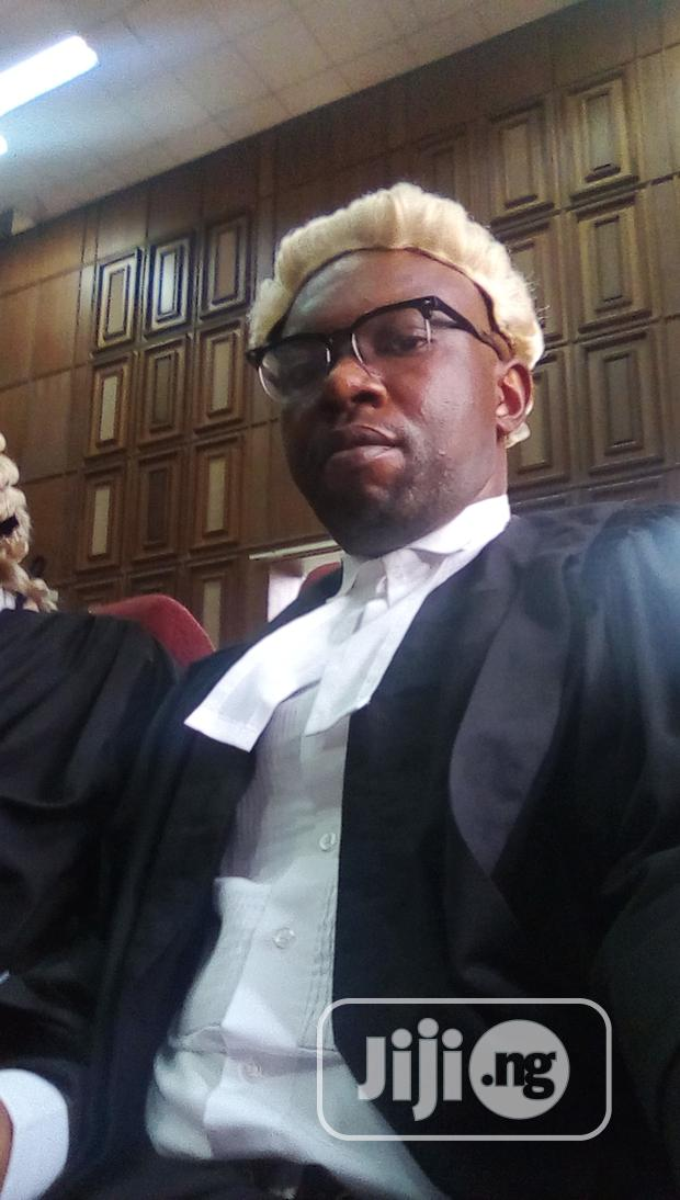An Experienced Legal Practitioner
