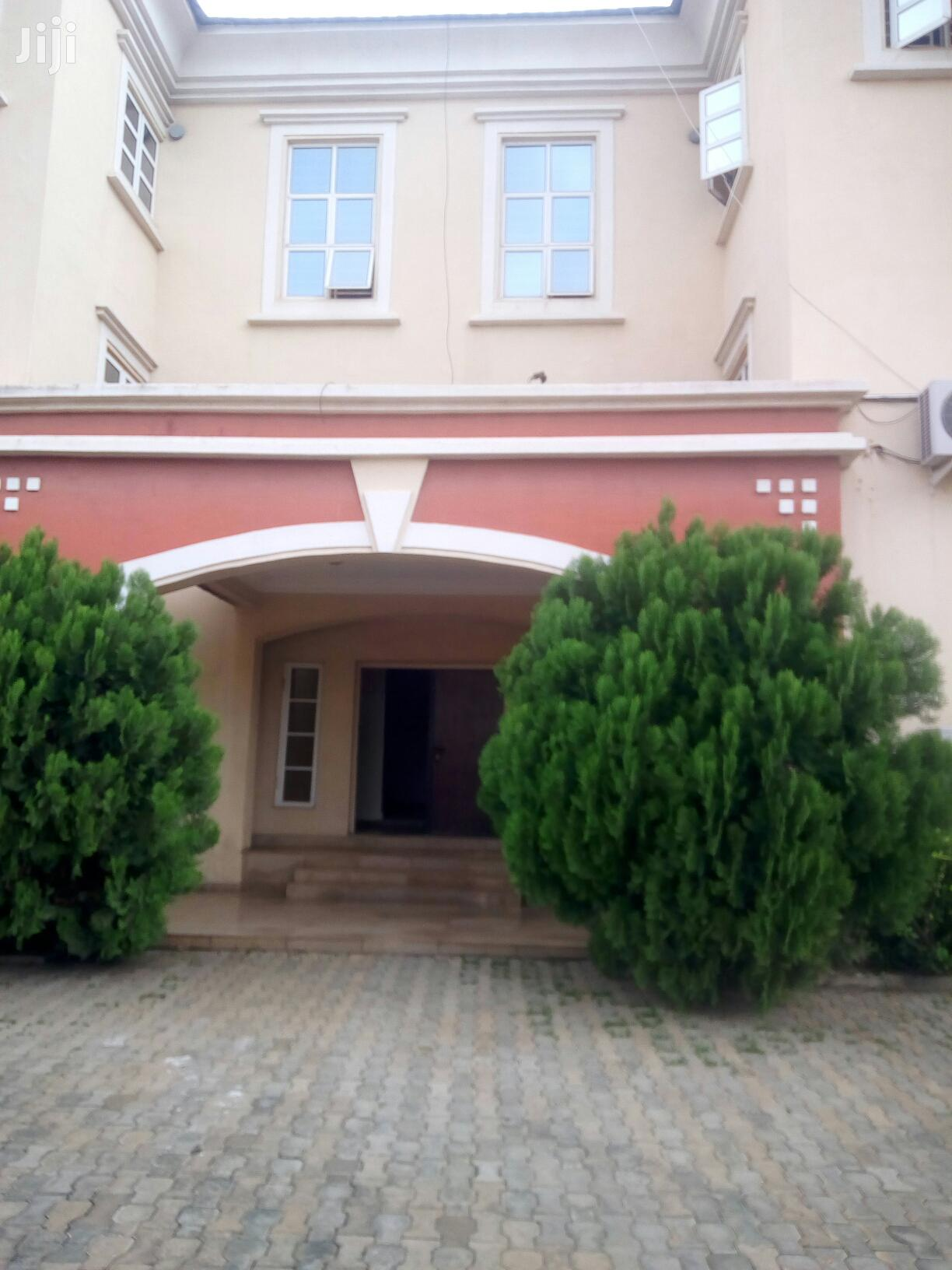 3 Bedroom Duplex With B. Q To Let At Jabi