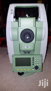 """Leica Ts06 5"""" R400 Total Station 