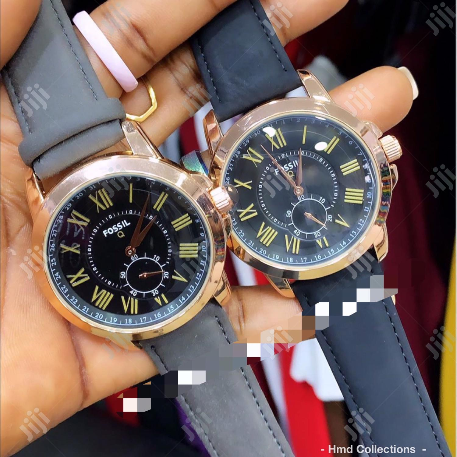 Classic Fossil Wristwatch With Genuine Leather