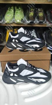 Yeezy 700 Color Splash | Shoes for sale in Lagos State