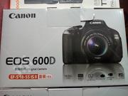 Canon 600D   Photo & Video Cameras for sale in Lagos State, Ojo