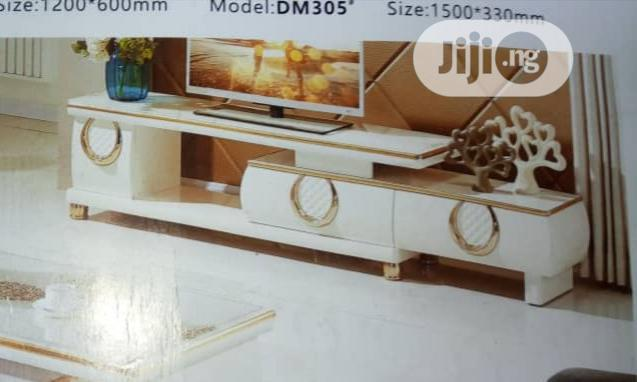 Executive 1.5 Tv Stand Adjustable | Furniture for sale in Lekki Phase 2, Lagos State, Nigeria