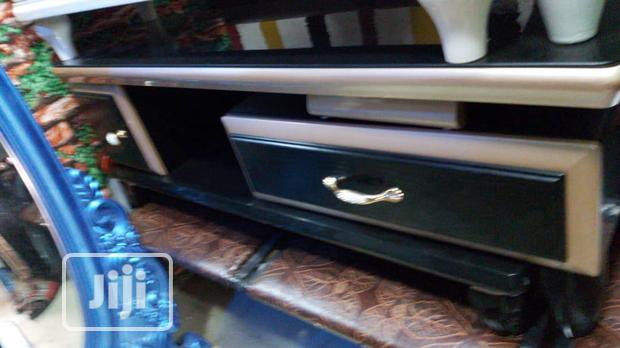 1.2 Tv Stand New