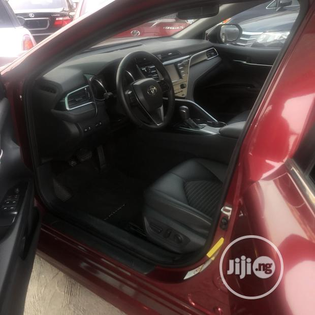 Archive: Toyota Camry 2018 SE FWD (2.5L 4cyl 8AM) Red