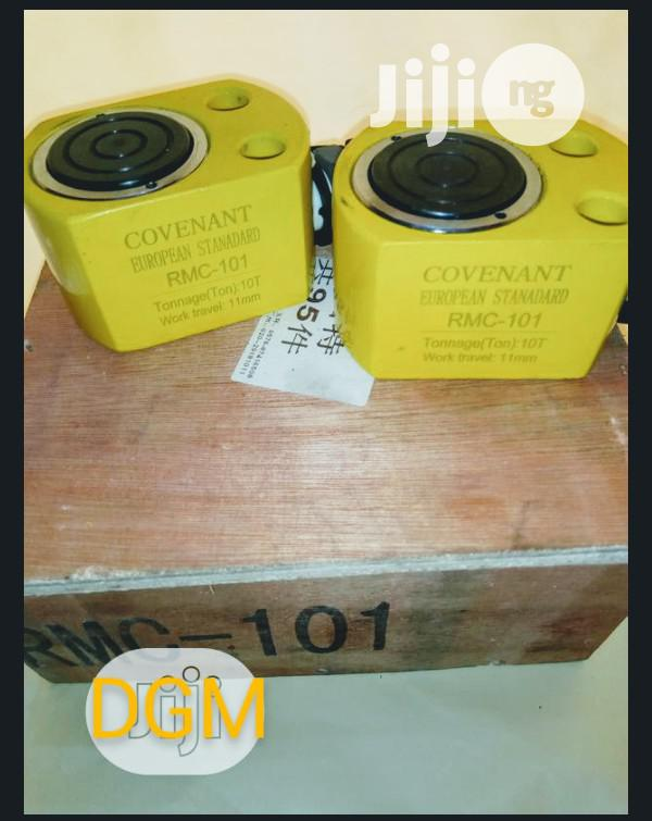 Hydraulic Cylinder Air Jack 10 Tons   Hand Tools for sale in Ikeja, Lagos State, Nigeria