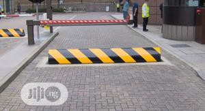 Stanchion Queue Barrier Installation By Teso Tech