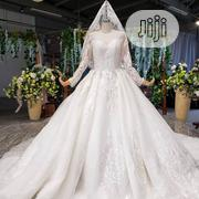 Wedding Gown for Rent With Veil, Basket, Tiara,Bouquet Robe | Wedding Wear for sale in Lagos State, Magodo