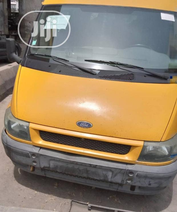 Archive: Ford Transit 2004