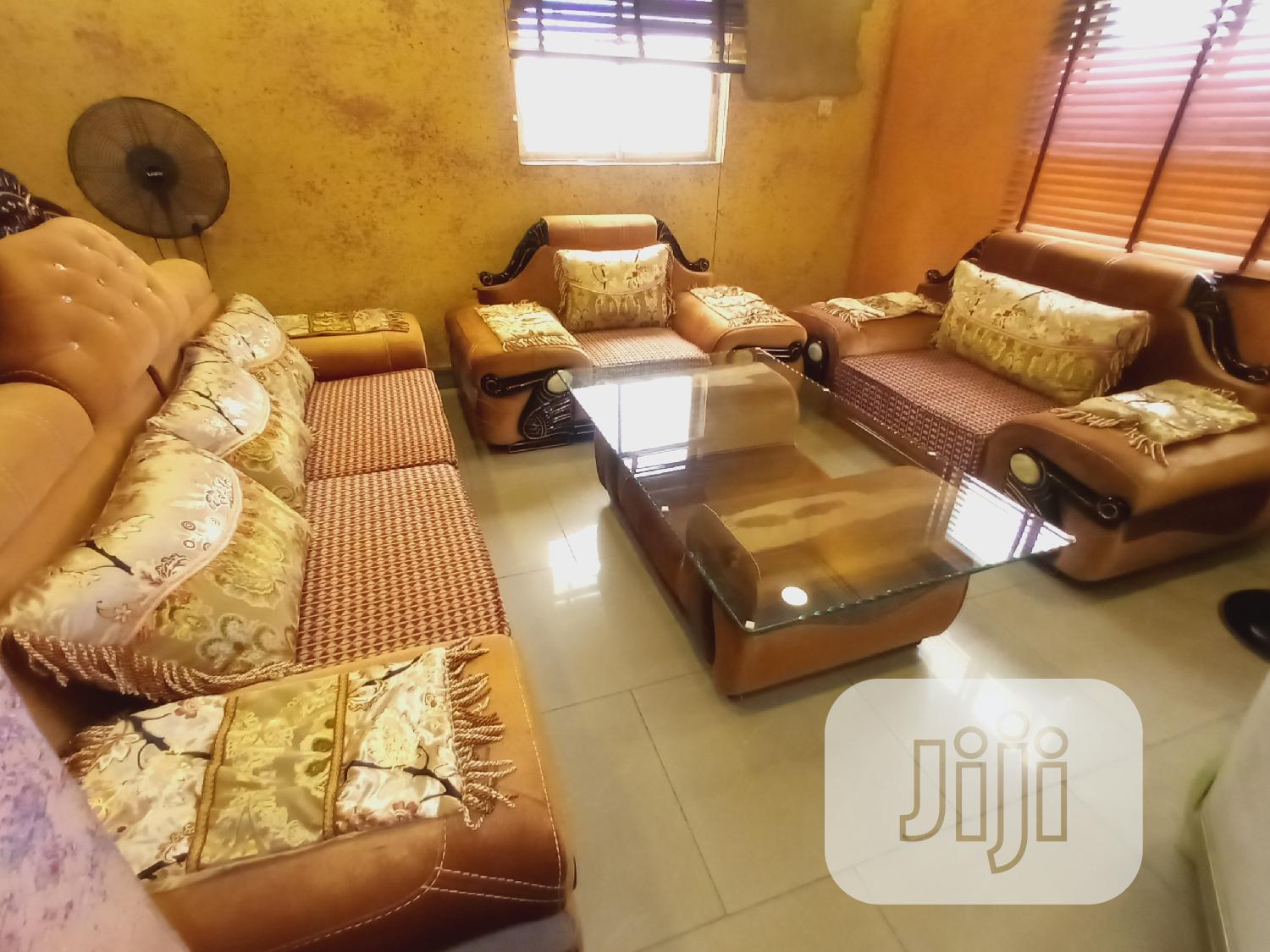 7 Seater Sofa Fabric And Leather With Center Table