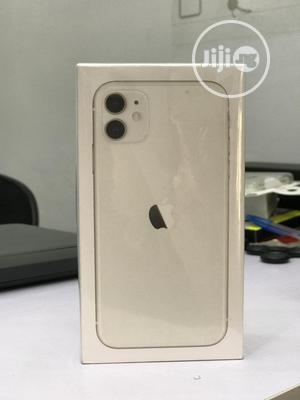 New Apple iPhone 11 64 GB White