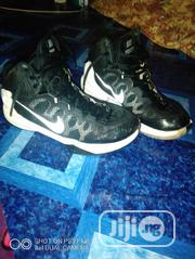 Clean Fairly Used US Nike Zoom Snicker | Shoes for sale in Edo State, Benin City