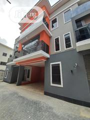 Spacious 3bedroom Apartment In Victoria Island Oniru With Swimmingpool | Houses & Apartments For Sale for sale in Lagos State, Victoria Island