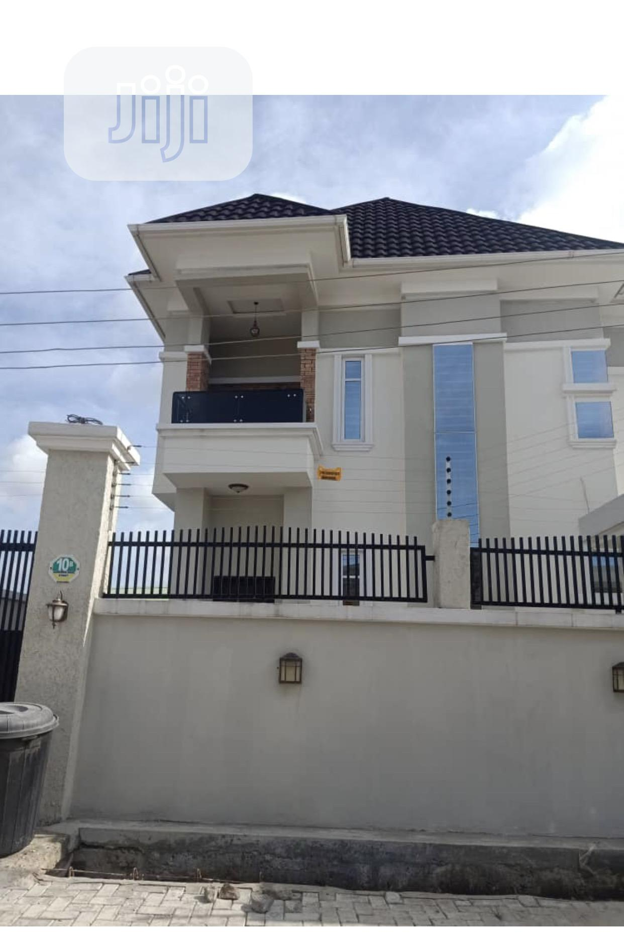 4bedroom Fully Detached Duplex With Bq for Sale in Lekki Phase 2