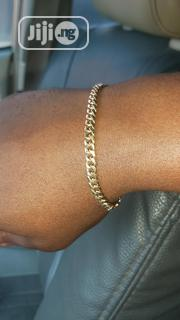 Pure 18karat Solid Gold Bracelet Cuban Medium Size Design | Jewelry for sale in Lagos State, Amuwo-Odofin