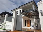 Luxury 5 Bedroom Detached House In Osapa London | Houses & Apartments For Sale for sale in Lagos State, Lekki Phase 2