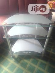 Fairly Used Imported Glass Tv Stand | Furniture for sale in Lagos State, Surulere